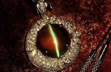 """神秘的""""眼睛""""—金绿猫眼"""