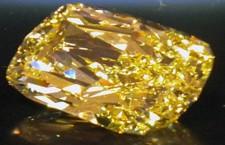 彩宝新贵—七彩的尖晶石