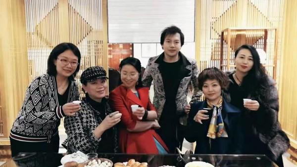 """《珠宝时代》2019中国·北京""""粉黛佳人""""高级定制珠宝展圆满举办"""